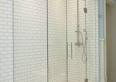 90º Corner Shower 10