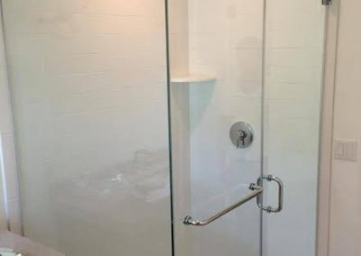 Custom Glass Shower 32