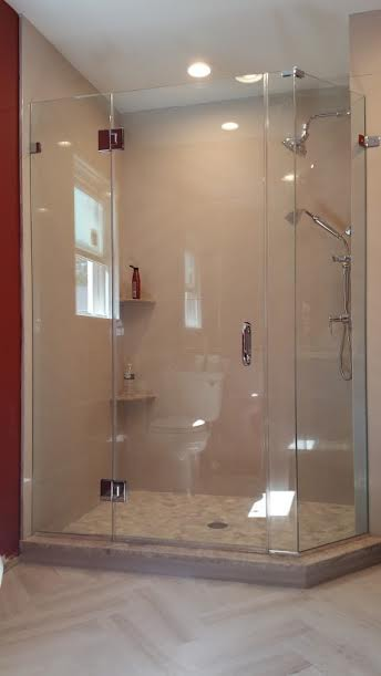 Custom Glass Shower 62