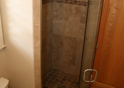 Single Shower Door 9