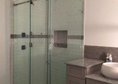 Sliding Shower Door 9
